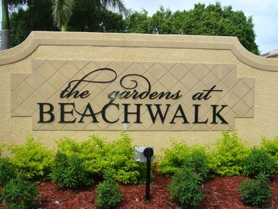 1296758380gardens_beachwalk_001